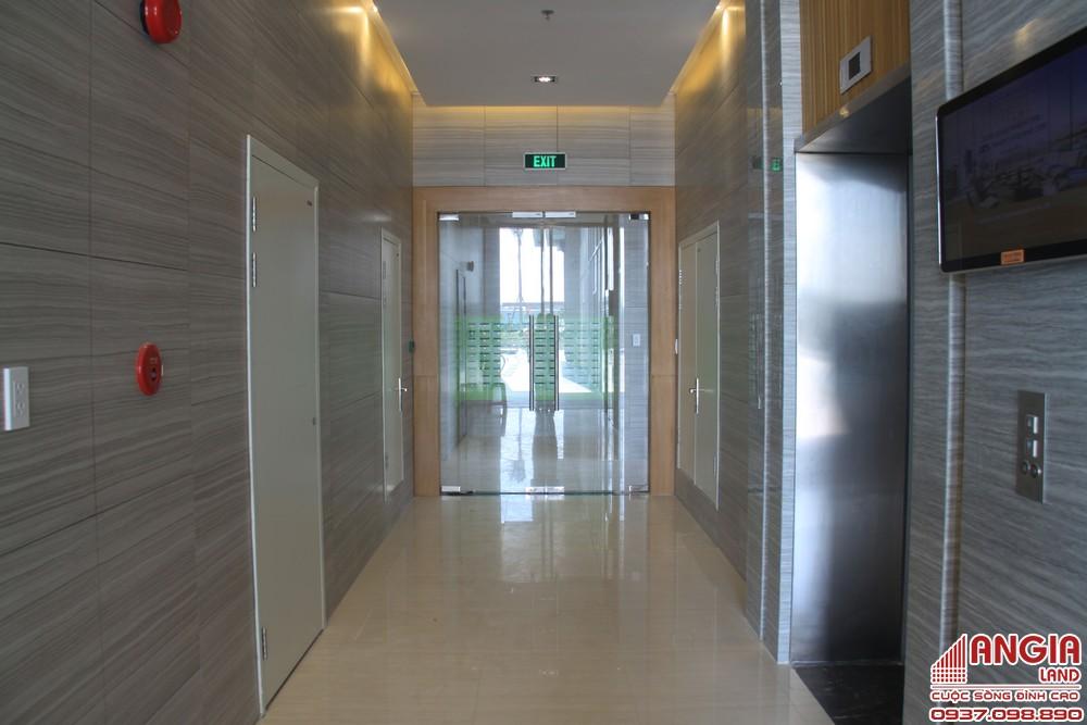 Sảnh thang máy + Thang máy Kone tốc độ 2,5m/2 đáp ứng rất tốt nhu cầu di chuyển chỉ 21 tầng căn hộ An Gia Star
