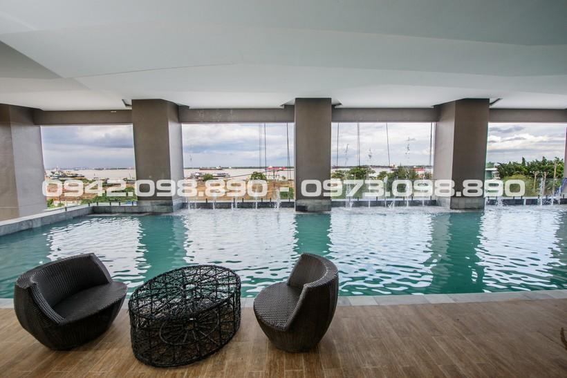 Hồ bơi đẳng cấp view sông tràn bờ tại tầng 2 khu căn hộ An Gia Riverside Quận 7 - Gọi 0942.098.890 - 0973.098.890 để xem căn hộ cho thuê