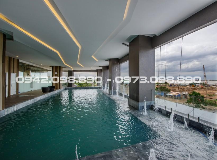 Hồ bơi đẳng cấp view sông tràn bờ tại tầng 2 khu căn hộ chung cư An Gia Riverside Quận 7