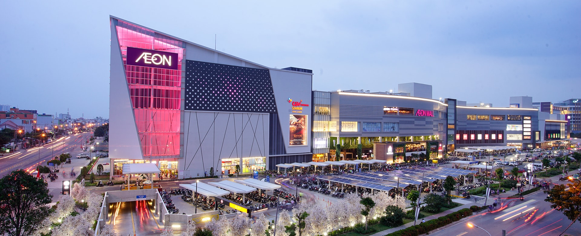Siêu thị Aeon Mall khu tên lửa quận Bình Tân cách dự án D Homme Hồng Bàng 4km