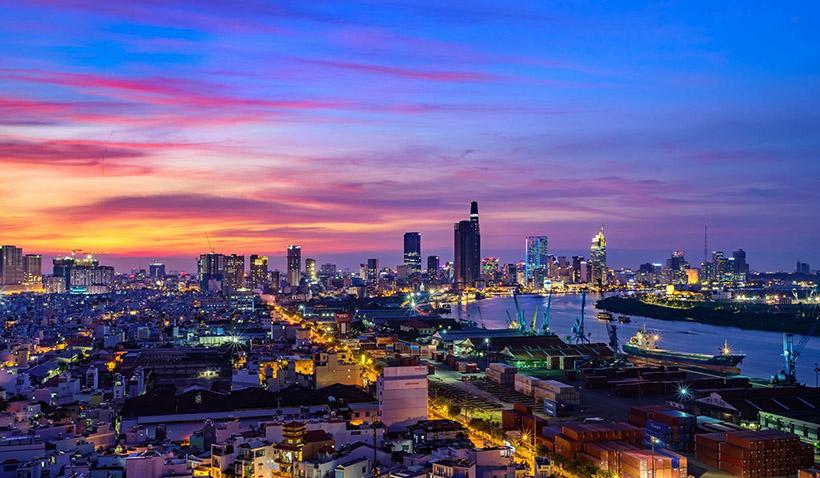 Hướng view thực tế dự án căn hộ Charmington Iris Quận 4 hướng về quận 1 và View sông Sài Gòn