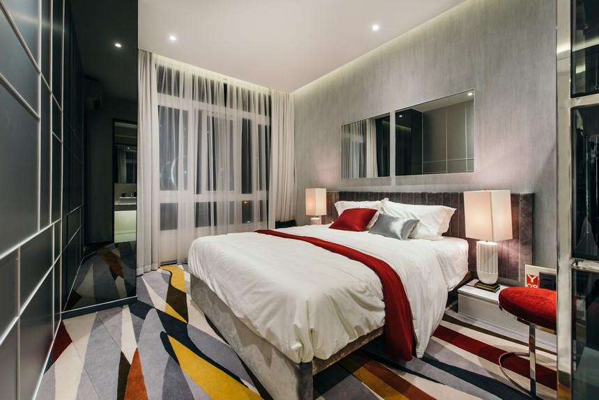 Tất cả các phòng ngủ của căn hộ được bố trí view đẹp qua khung kính cửa sổ, cách âm, cách nhiệt, tránh được tiếng ồn ào. Mang đến không gian yên tĩnh cho giấc ngủ sâu hơn. Các căn hộ đều được thiết kế tận dụng tối đa ánh sáng tự nhiên vào trong phòng