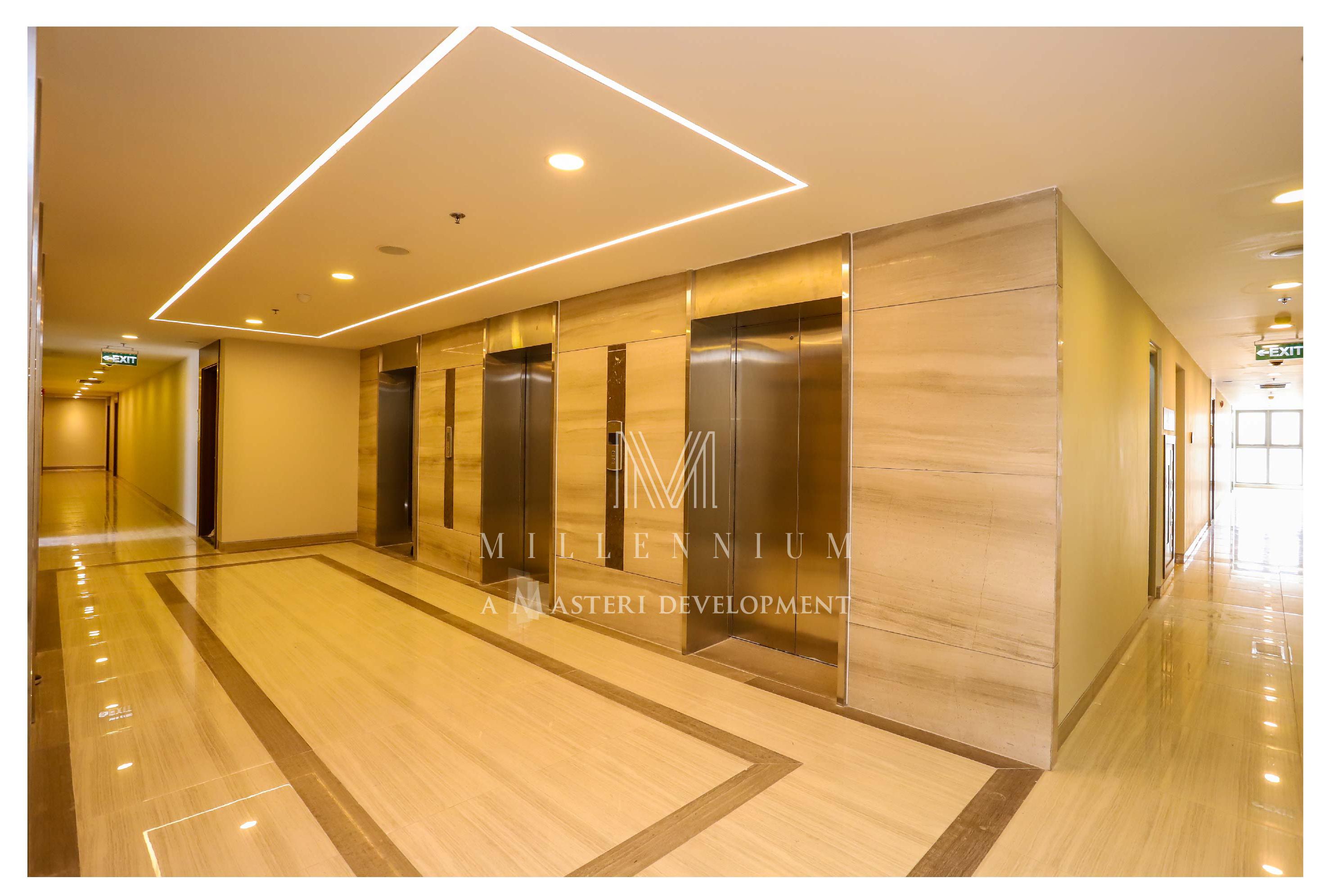 Hành lang chờ thang máy dự án căn hộ chung cư cho thuê Masteri Millennium Quận 4