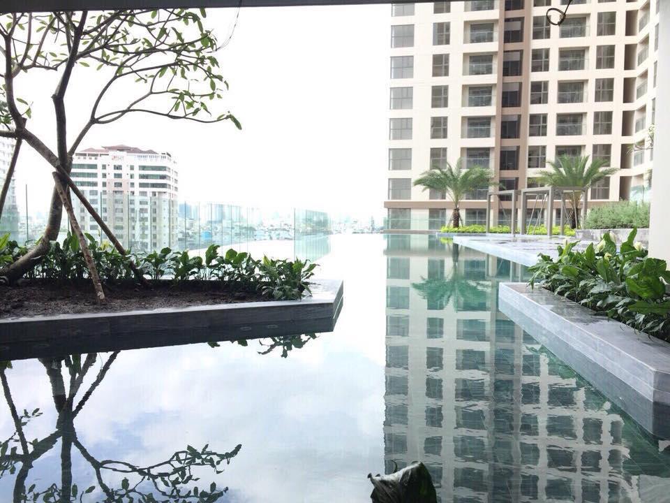 Khu vực hồ bơi miễn phí dành cho cư dân dự án căn hộ chung cư cho thuê Masteri Millennium Quận 4