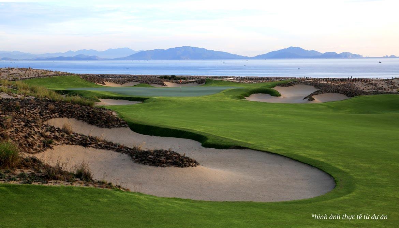 Hiện trạng thực tế sân Golf KN Golf Links Cam Ranh trong phân khu biệt thự KN Draco Cam Ranh