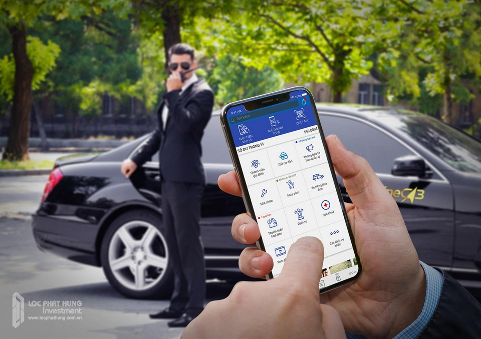 Cư dân Sunshine City Sài Gòn được sử dụng đặc quyền đặt xe Sang với giá thành và chi phí hợp lý thông qua ứng dụng Sunshine.