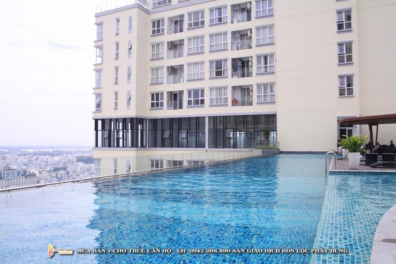 Hồ bơi tự động điều chỉnh nhiệt độ tầng 21 dự án căn hộ chung cư The Golden Star Quận 7 Đường Nguyễn Thị Thập chủ đầu tư Hưng Lộc Phát - Liên hệ SGD BĐS Lộc Phát Hưng 0942.098.890 để nhận mua bán ký gửi , cho thuê căn hộ