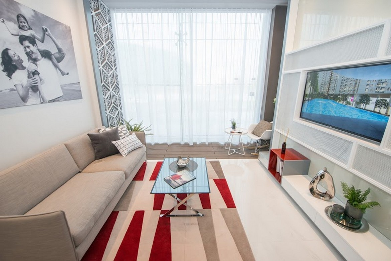 Phòng khách - Nhà mẫu căn hộ Raemian City Quận 2 . Loại diện tích: 65m2