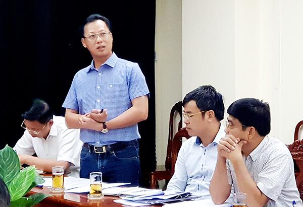 Đại diện Ban quản lý dự án Thăng Long báo cáo tình hình triển khai dự án