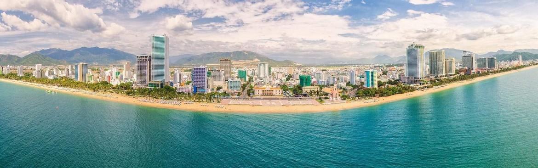 Toàn cảnh bãi biển du lịch nổi tiếng Nha Trang