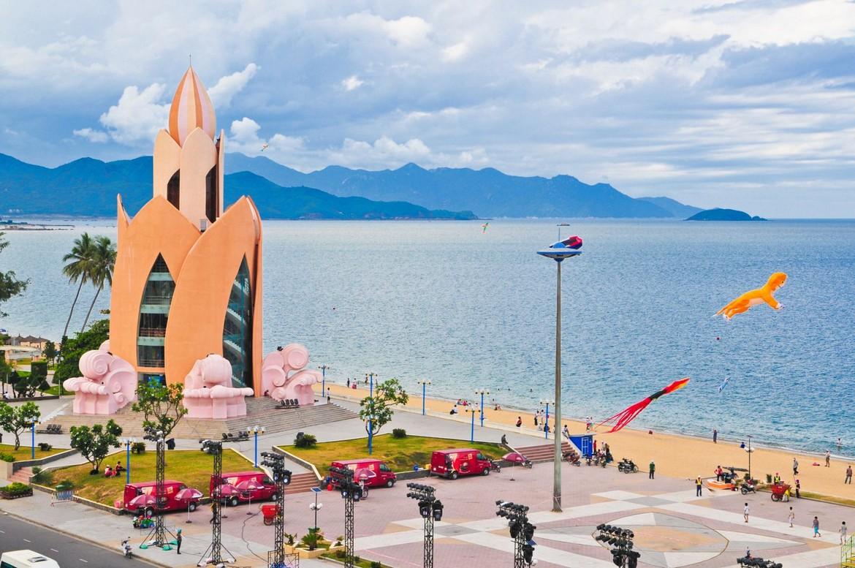 Địa danh du lịch nổi tiếng Nha Trang Tháp Trầm Hương