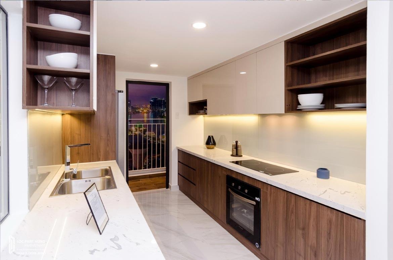 Thiết kế khu vực bếp căn hộ mẫu có lửng dự án chung cư La Consmo Residences Quận Tân Bình – Liên Hệ SGD BĐS Lộc Phát Hưng 0942.098.890 Xem nhà mẫu + Nhận báo giá
