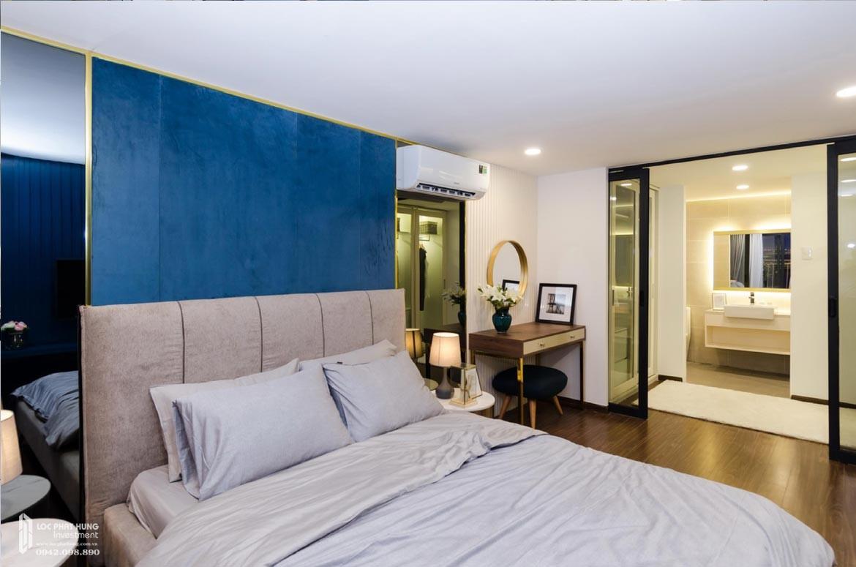 Thiết kế khu vực phòng ngủ Master tầng lửng căn hộ mẫu có lửng dự án chung cư La Consmo Residences Quận Tân Bình – Liên Hệ SGD BĐS Lộc Phát Hưng 0942.098.890 Xem nhà mẫu + Nhận báo giá