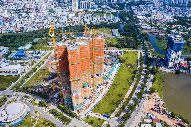 Toà HR1 Eco Green Sài Gòn đã cất nóc