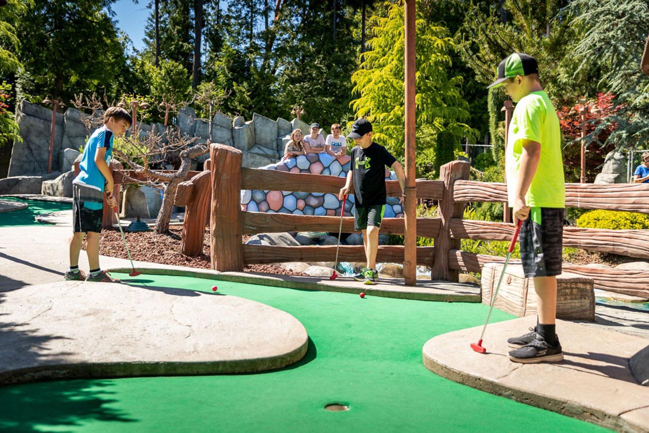 Sân Golf mini Masterise Homes Quận 9