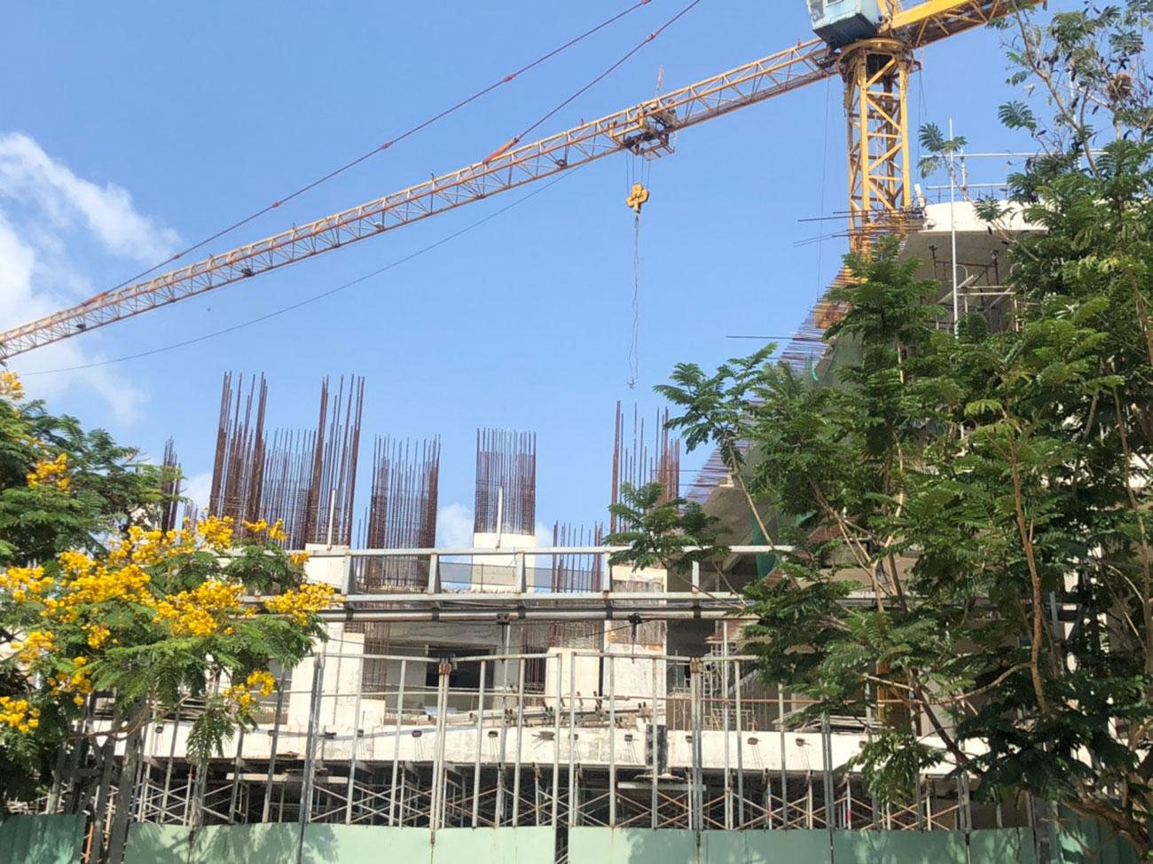 Tiến độ xây dựng căn hộ + Officetel dự án Viva Plaza 04/2020 – Nhận ký gửi mua bán + Cho thuê