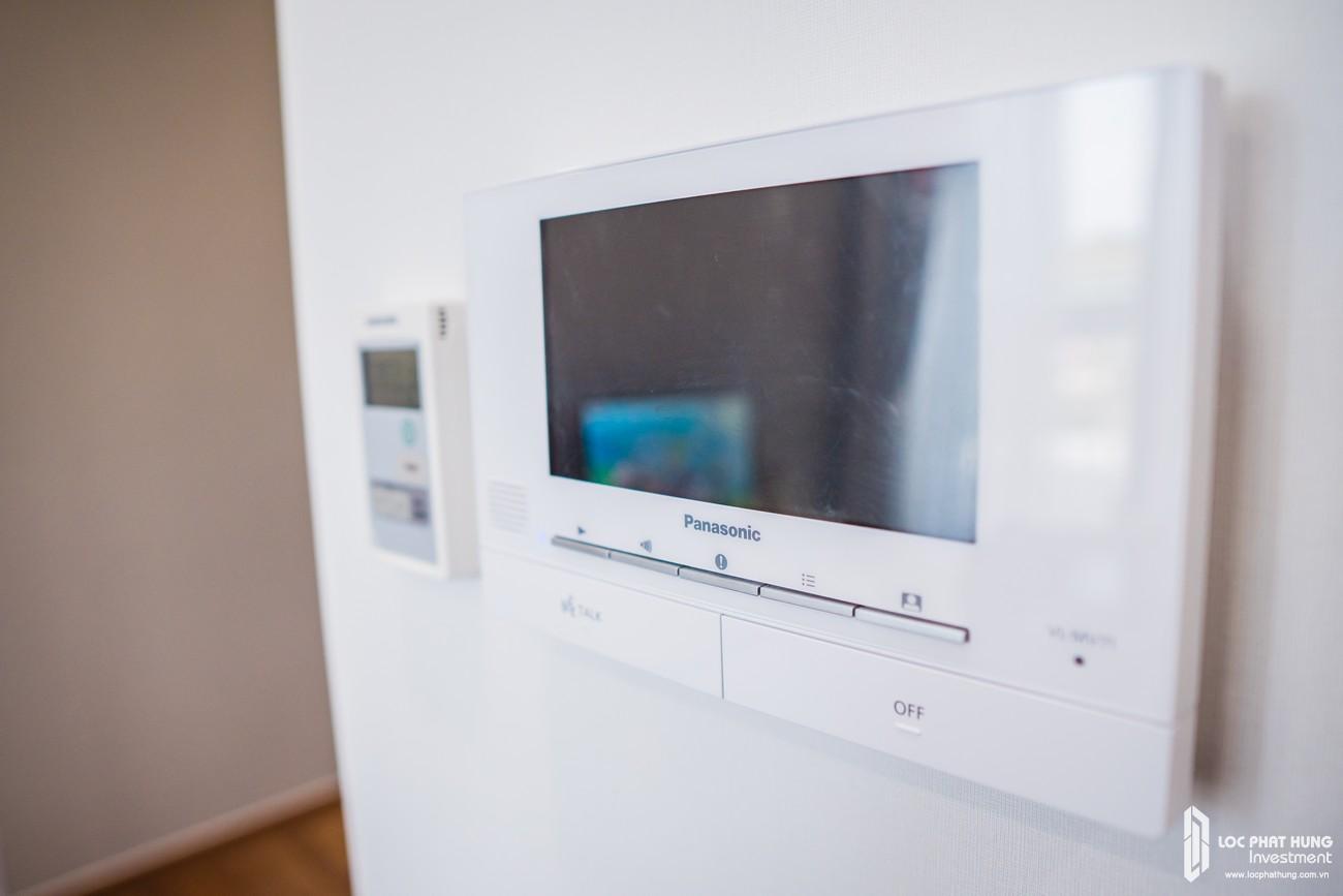 Nhà mẫu loại 2 phòng ngủ dự án căn hộ chung cư The Emerald Golf View Bình Dương chủ đầu tư Lê Phong - Thiết bị video call