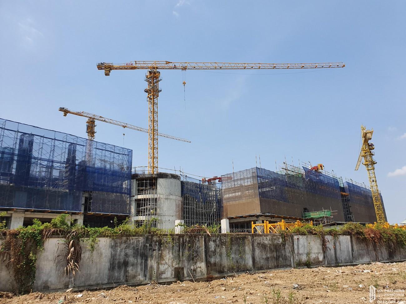 Tiến độ dự án căn hộ Q7 Sài Gòn Riverside Complex 04/04/2020