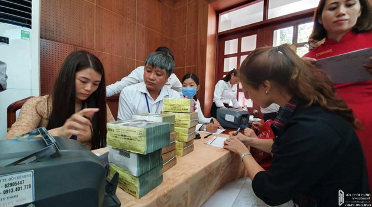 Chị Nguyễn Thị Thu nhận 4,2 tỉ tiền đền bù dự án sân bay Long Thành