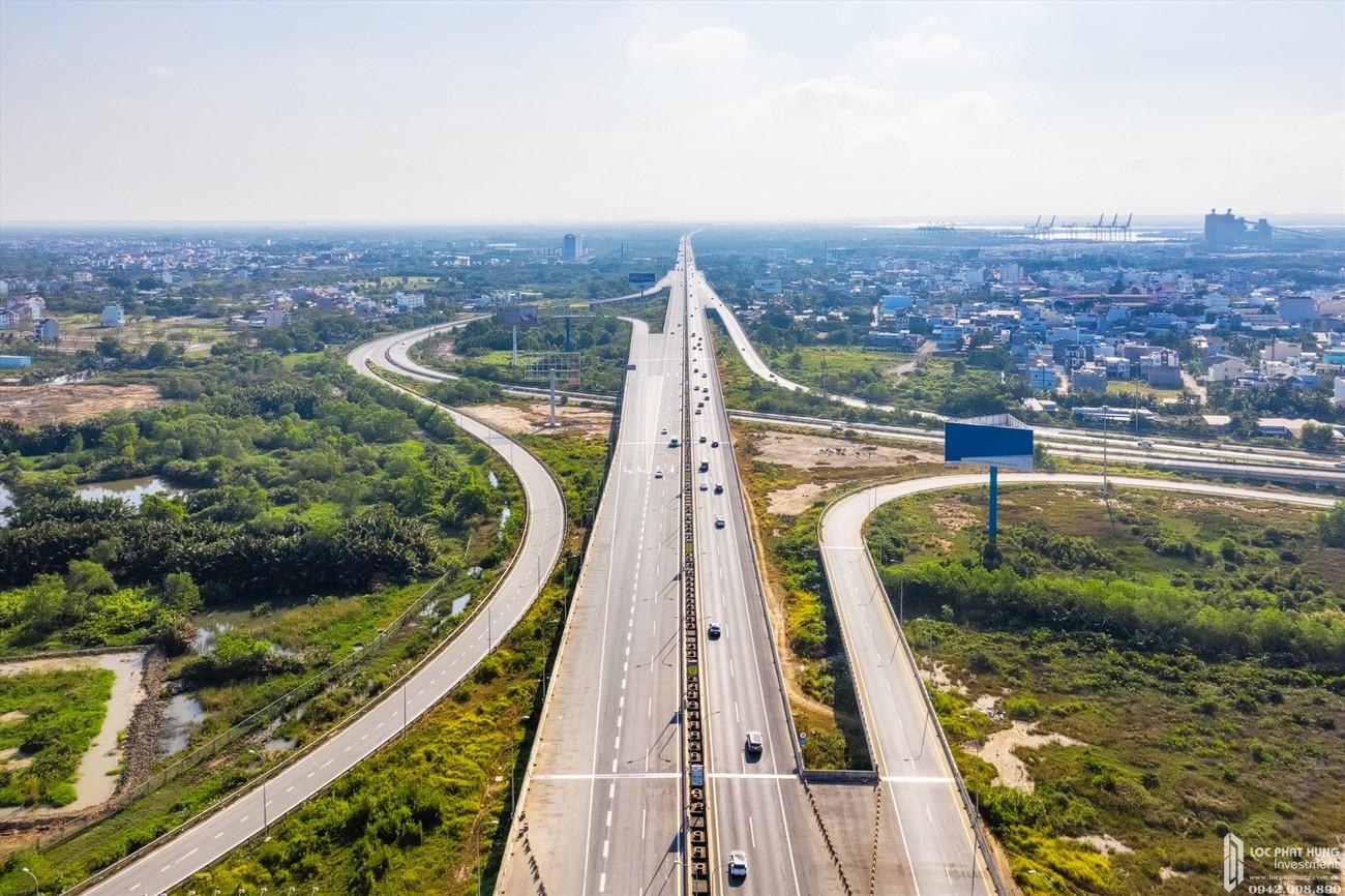 Việc đẩy mạnh phát triển hạ tầng giao thông kết nối tạo động lực cho Đồng Nai bứt phá mạnh mẽ