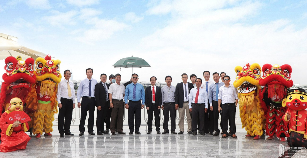 Khánh thành Quảng trường Diamond và khởi công Nhạc nước tại dự án Vạn Phúc City