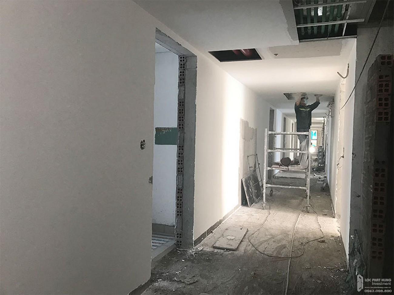 Lắp đặt tấm trần tầng 18 dự án chung cư River Panorama Quận 7 tháng 02/2020