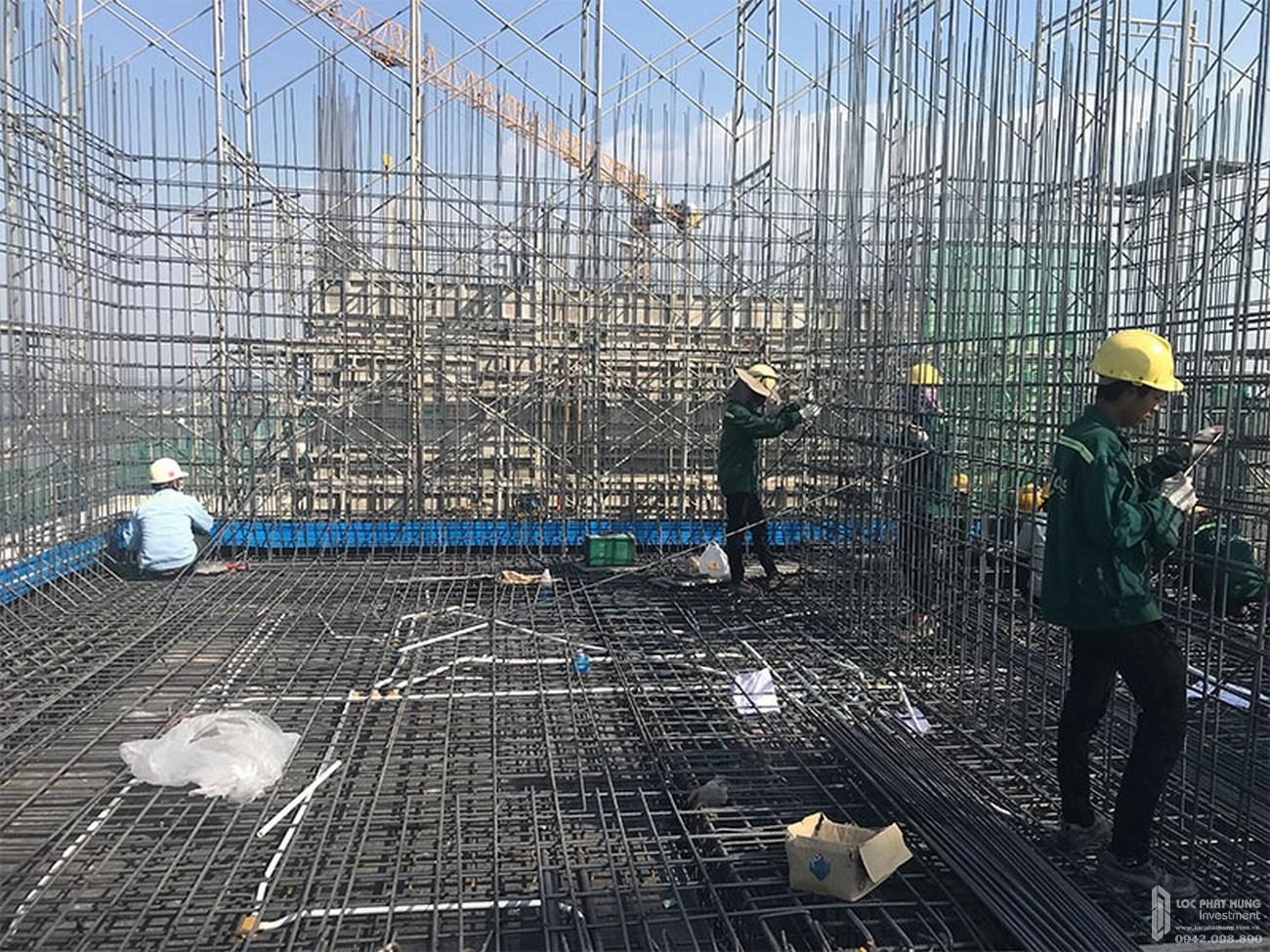 Lắp đặt thép vách bể nước mái dự án căn hộ chung cư River Panorama Quận 7 tháng 02/2020