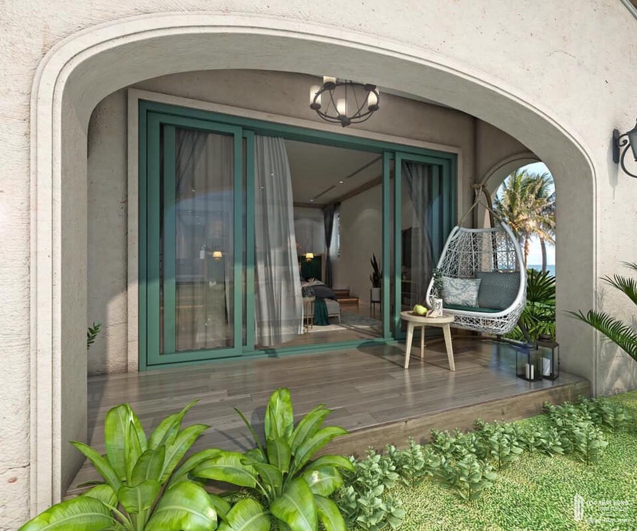 View sân vườn tại dự án NovaBeach Resort Cam Ranh.