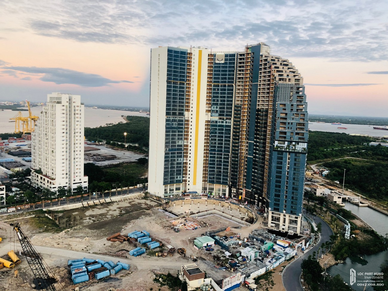 Tiến độ dự án căn hộ chung cư Sunshine Diamond River Quận 7 Đường Đào Trí chủ đầu tư Sunshine Group