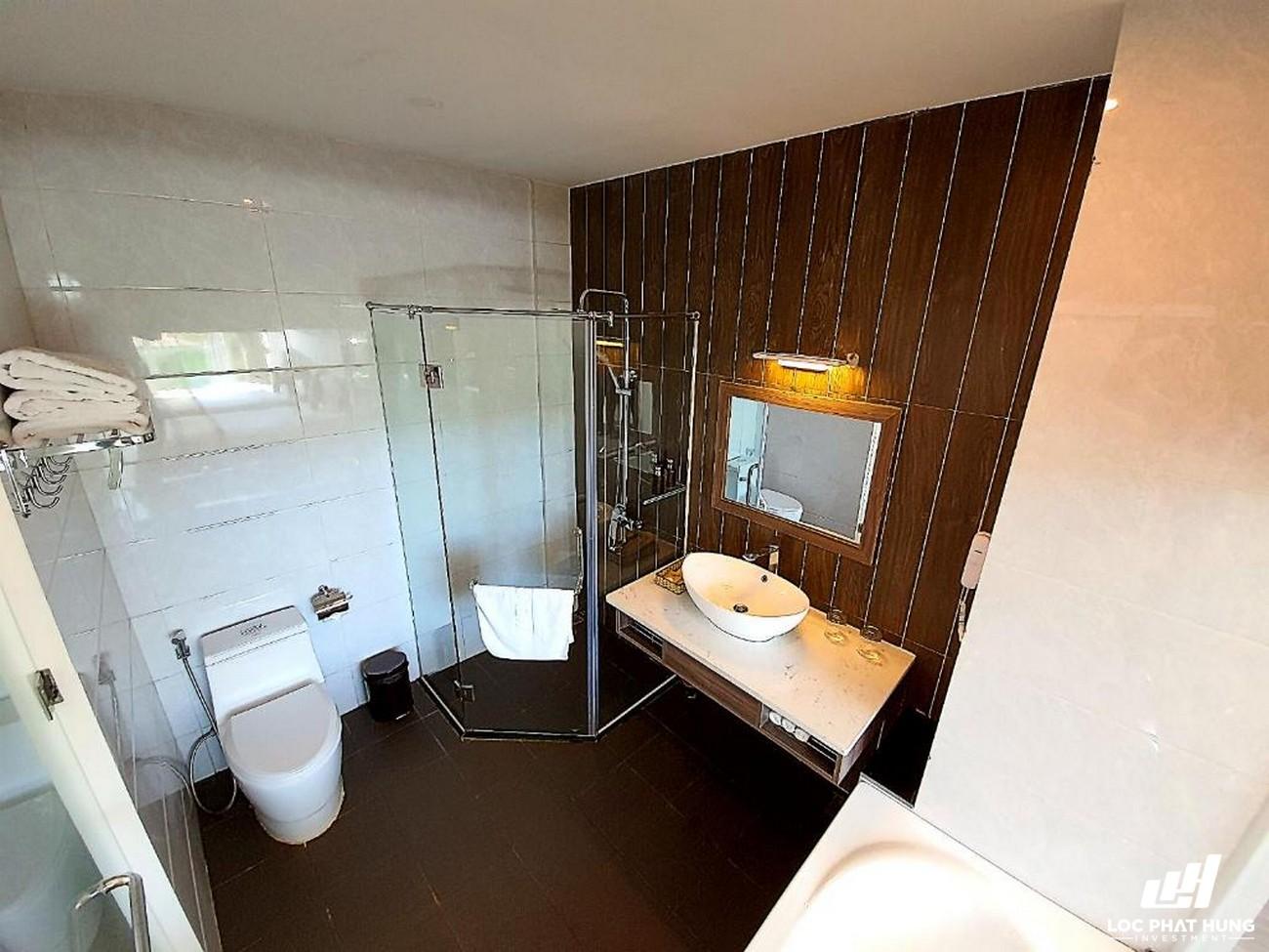Hạng phòng Deluxe Triple Resort Dalat Wonder Resort Phường 4 Đường 19 Hoa Hồng